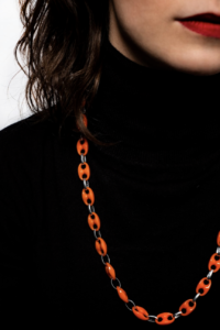 Txine Orange Necklace Model